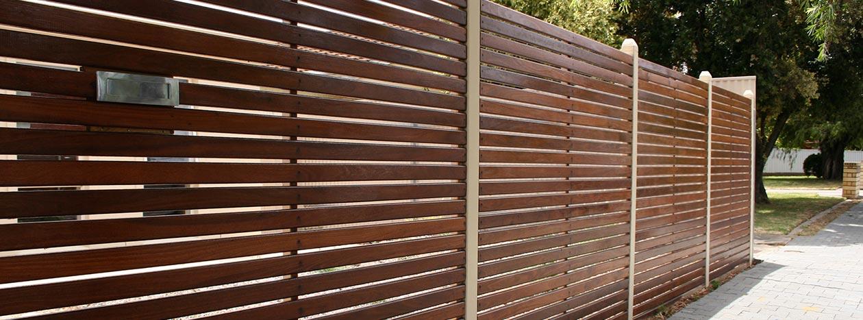 Terrassendielen gartenholz z une gartenhaus mainz - Flexibler gartenzaun ...